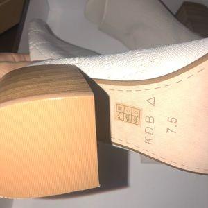 Kelsi Dagger Shoes - Women's size 7.5 kelsi dagger open toe booties